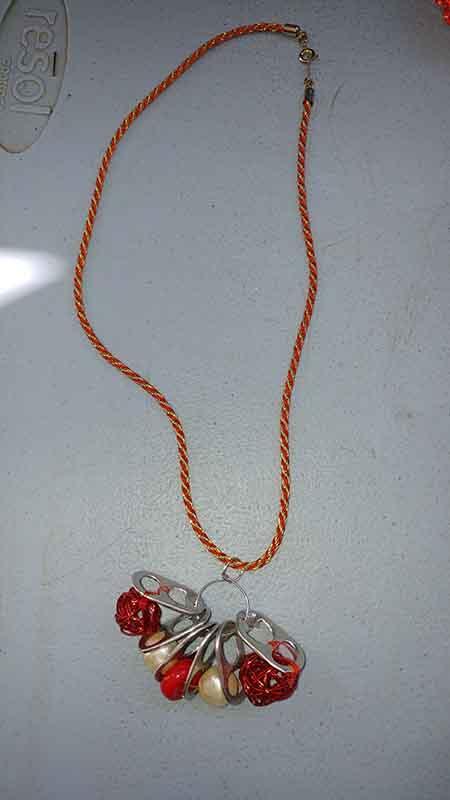 collier capsule canette